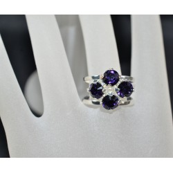 Bague 4 sertis, cabochon 6 mm purple velvet