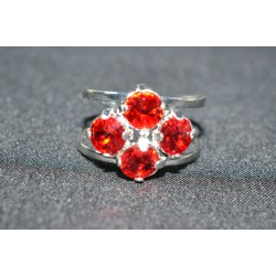 Bague 4 sertis, cabochon 6 mm light siam