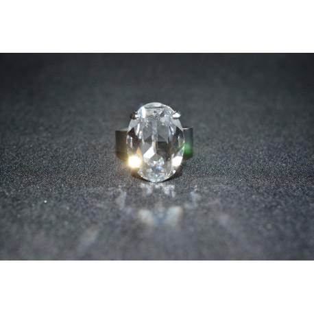 Bague serti ovale en cristal de Swarovski crystal