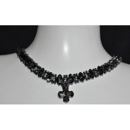 Ras du cou en cristal de Swarovski croix Grecque crystal silver night et tour de cou hématite 2x