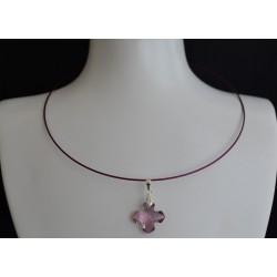 Collier cristal de Swarovski croix Grecque antique pink sur tour de cou cablé