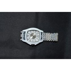Montre gros volume blanche fond blanc-bracelet cristal Swarovski crystal moonlight